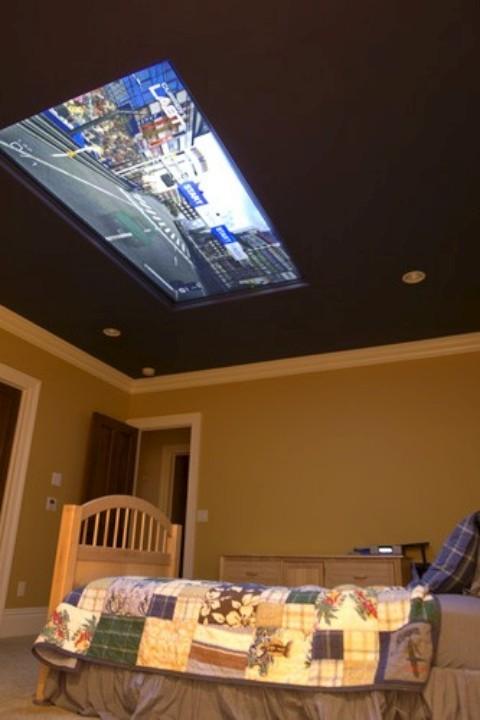 televis o no teto para quem gosta de jogar video game deitado jogorama. Black Bedroom Furniture Sets. Home Design Ideas