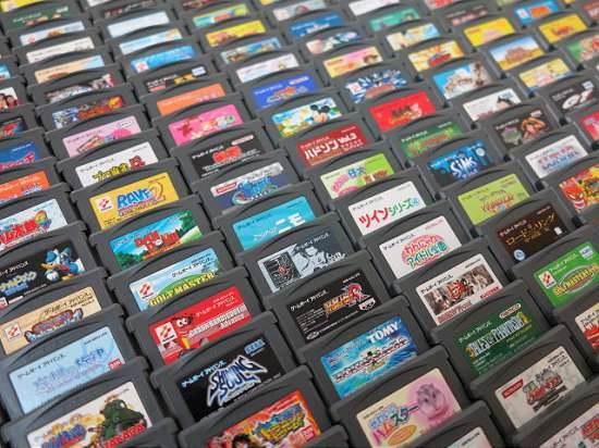 Coleção completa com todos os 795 jogos de Game Boy