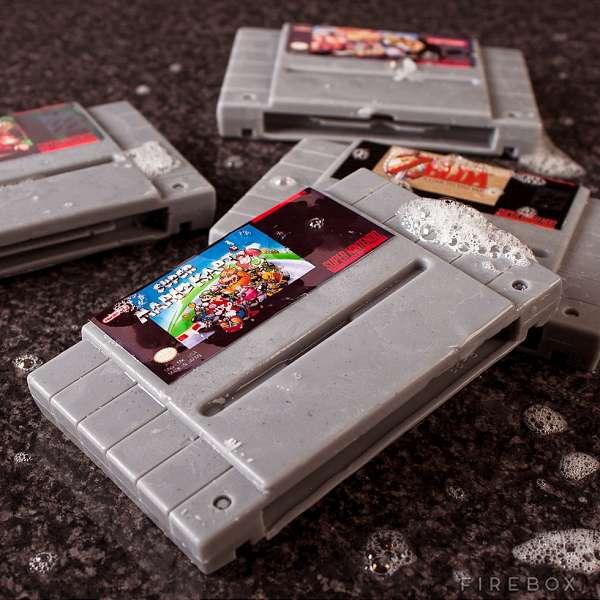 Sabonetes que parecem cartuchos de Super Nintendo