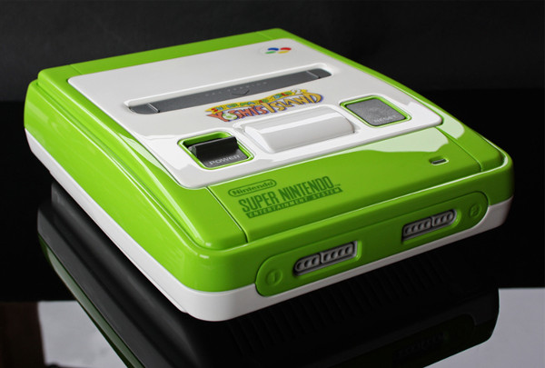 Fã personaliza Super Nintendo com tema do Yoshi